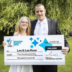 £250,000 Scratchcard Winner Goes Public