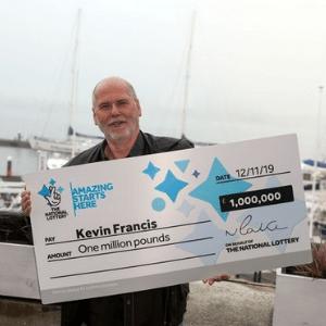 GRANDAD WINS £1,000,000 SCRATCHCARD JACKPOT